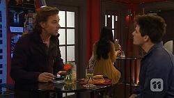 Lucas Fitzgerald, Chris Pappas in Neighbours Episode 6456