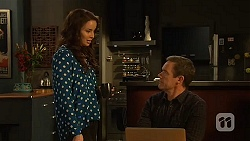 Kate Ramsay, Paul Robinson in Neighbours Episode 6458