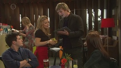 Chris Pappas, Natasha Williams, Andrew Robinson, Summer Hoyland in Neighbours Episode 6459