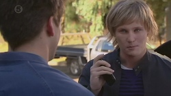 Chris Pappas, Andrew Robinson in Neighbours Episode 6459