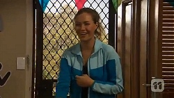 Jade Mitchell in Neighbours Episode 6460