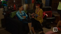 Jade Mitchell, Vanessa Villante in Neighbours Episode 6460