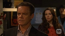 Paul Robinson, Kate Ramsay, Andrew Robinson in Neighbours Episode 6461