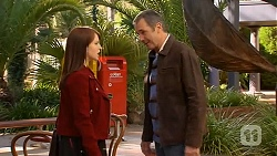 Summer Hoyland, Karl Kennedy in Neighbours Episode 6461