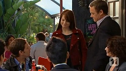 Greg Brayer, Summer Hoyland, Paul Robinson, Zoe Alexander in Neighbours Episode 6461