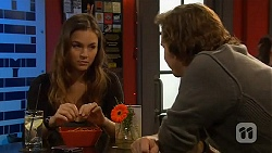Jade Mitchell, Lucas Fitzgerald in Neighbours Episode 6461