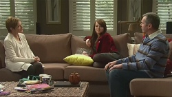 Susan Kennedy, Summer Hoyland, Karl Kennedy in Neighbours Episode 6462