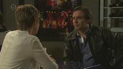 Susan Kennedy, Greg Brayer in Neighbours Episode 6462