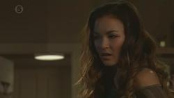 Jade Mitchell in Neighbours Episode 6462