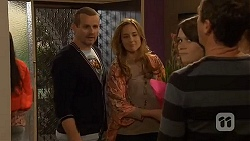 Toadie Rebecchi, Sonya Mitchell, Sophie Ramsay, Paul Robinson in Neighbours Episode 6463