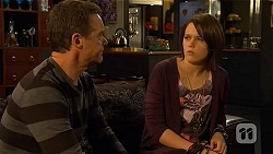 Paul Robinson, Sophie Ramsay in Neighbours Episode 6463