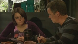 Sophie Ramsay, Paul Robinson in Neighbours Episode 6464