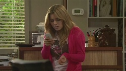 Natasha Williams in Neighbours Episode 6464