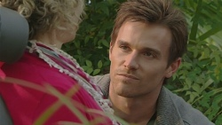 Elaine Lawson, Rhys Lawson in Neighbours Episode 6467