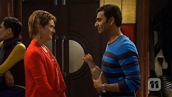Susan Kennedy, Ajay Kapoor in Neighbours Episode 6468