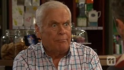 Lou Carpenter in Neighbours Episode 6470