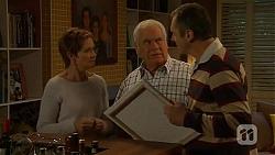 Susan Kennedy, Lou Carpenter, Karl Kennedy in Neighbours Episode 6470