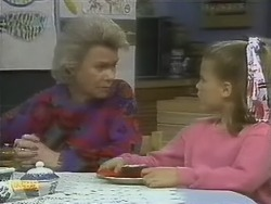 Helen Daniels, Katie Landers in Neighbours Episode 0802