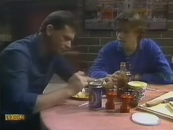 Des Clarke, Mike Young in Neighbours Episode 0802