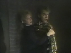 Sharon Davies, Nick Page in Neighbours Episode 0802