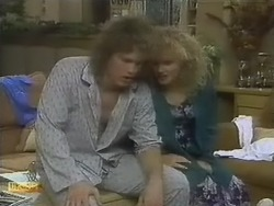 Henry Ramsay, Sharon Davies in Neighbours Episode 0803
