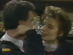 Paul Robinson, Gail Robinson in Neighbours Episode 0803