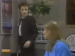 Gail Robinson, Jane Harris in Neighbours Episode 0803