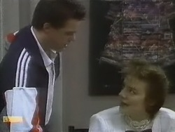 Paul Robinson, Gail Robinson in Neighbours Episode 0804