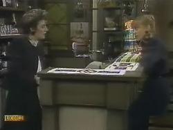 Gail Robinson, Jane Harris in Neighbours Episode 0804
