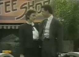 Gail Robinson, Paul Robinson in Neighbours Episode 0805