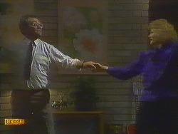 Harold Bishop, Madge Bishop in Neighbours Episode 0847