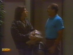 Mike Young, Malcolm Clarke in Neighbours Episode 0848