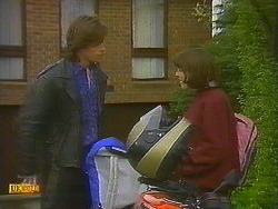 Mike Young, Jessie Ross in Neighbours Episode 0848