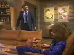 Harold Bishop, Madge Bishop in Neighbours Episode 0851