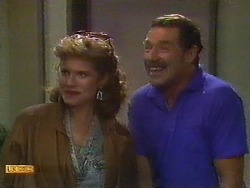 Leanne, Malcolm Clarke in Neighbours Episode 0851