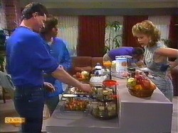 Des Clarke, Mike Young, Malcolm Clarke, Leanne in Neighbours Episode 0851