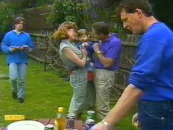 Mike Young, Leanne, Jamie Clarke, Malcolm Clarke, Des Clarke in Neighbours Episode 0851