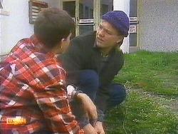 Todd Landers, Skinner in Neighbours Episode 0852