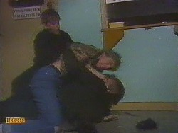 Todd Landers, Nick Page, Skinner in Neighbours Episode 0853