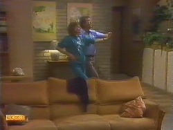 Madge Bishop, Harold Bishop in Neighbours Episode 0854