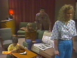 Toby Mangel, Jane Harris, Joe Mangel, Noelene Mangel in Neighbours Episode 0854