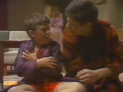 Toby Mangel, Jane Harris, Joe Mangel in Neighbours Episode 0854