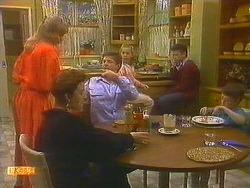 Jane Harris, Gail Robinson, Joe Mangel, Katie Landers, Todd Landers, Toby Mangel in Neighbours Episode 0857