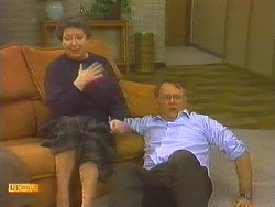 Edith Chubb, Harold Bishop in Neighbours Episode 0857