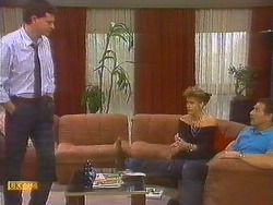 Des Clarke, Leanne, Malcolm Clarke in Neighbours Episode 0859