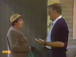 Edith Chubb, Harold Bishop in Neighbours Episode 0861