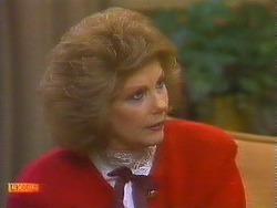Madge Bishop in Neighbours Episode 0861