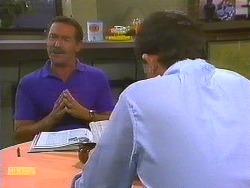Malcolm Clarke, Des Clarke in Neighbours Episode 0861