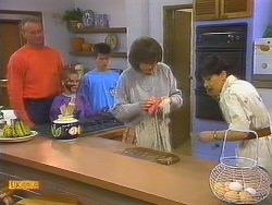 Jim Robinson, Katie Landers, Todd Landers, Beverly Robinson, Hilary Robinson in Neighbours Episode 0861