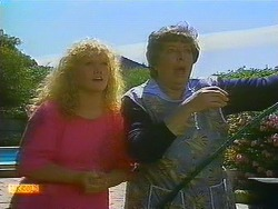 Sharon Davies, Edith Chubb  in Neighbours Episode 0877
